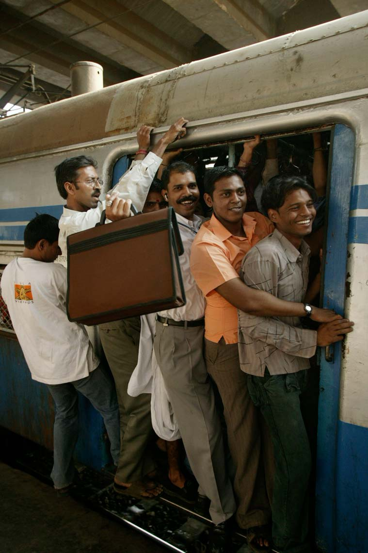 mumbai_trains1227.jpg